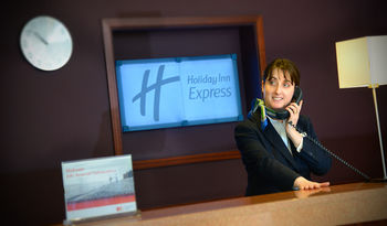 Holiday Inn Express Hotel Dublin Aeroport