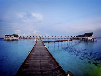 Centara Grand Island Resort & Spa Maldive All Inclusive