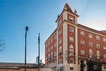 V Dinastia Lisbon Guesthouse