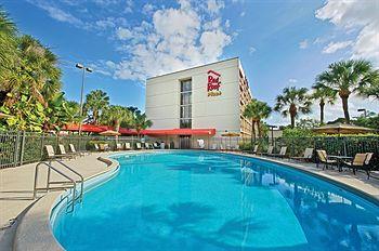 Red Roof PLUS+ Miami Aeroport