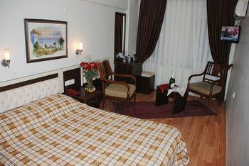 Grand Mark Hotel