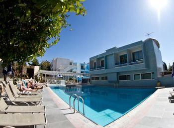 Nereus Hotel