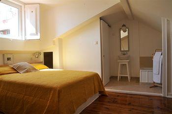 Portugalia Ways Bairro Alto Apartments
