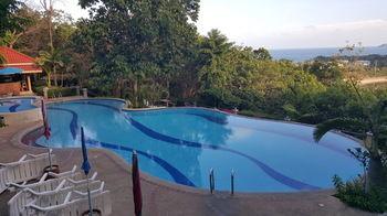 Baan Suan Sook Resort